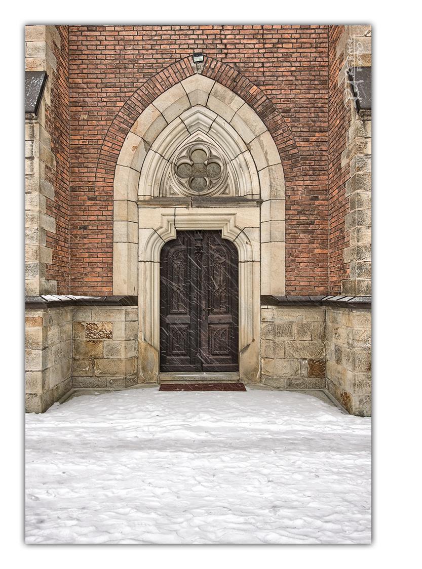 Gwoździec – fotografowanie kościoła w zamieci